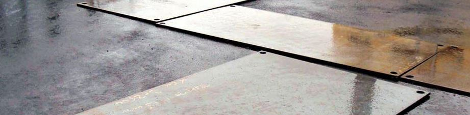 Steel road plates make no trench an obstacle