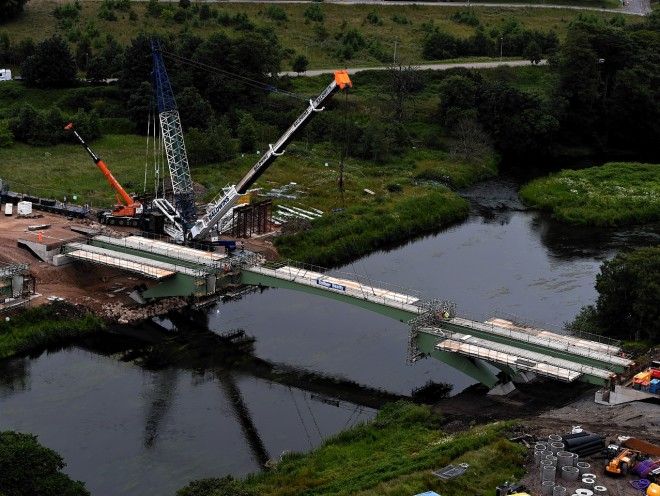 Final Third Don Crossing steel beams slot into place