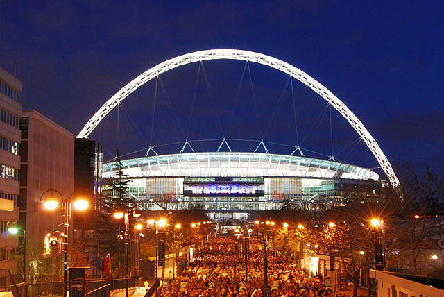 Wembley 'free climber' James Kingston puts structural steel in the headlines